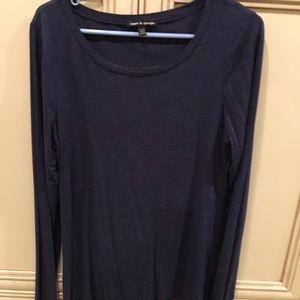 XL navy blue long sleeved tee